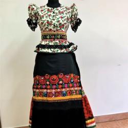 Matyó női viselet